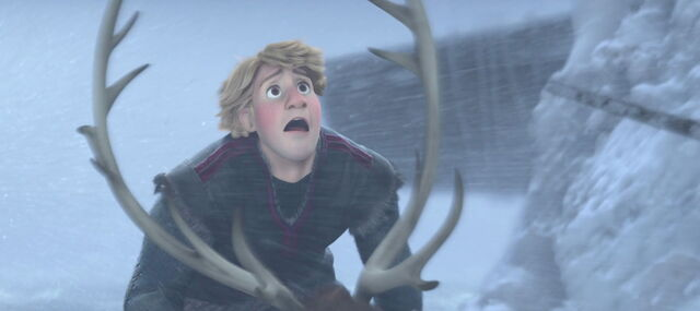 File:Frozen-disneyscreencaps.com-9906.jpg