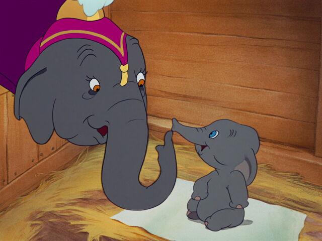 File:Dumbo-disneyscreencaps.com-1055.jpg