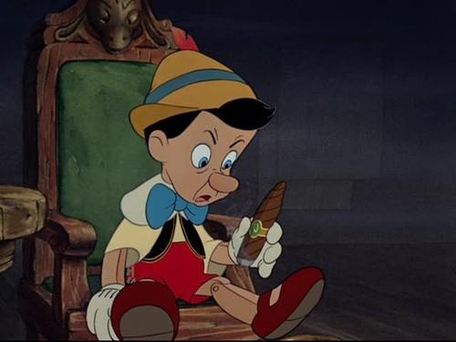 File:Il-burattino-in-una-scena-del-film-d-animazione-pinocchio-della-disney-143049.jpg