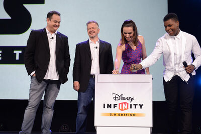 DisneyInfinity D232015 BoyegaRidley Stage 2-L