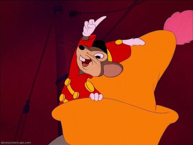 File:Dumbo-disneyscreencaps com-6938.jpg