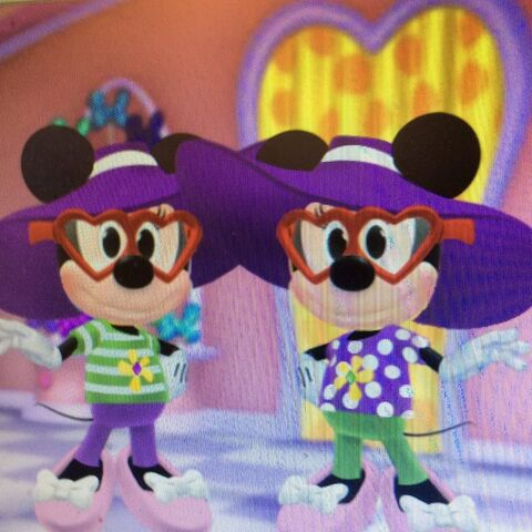 File:Millie and Melody Mouse V Day.jpg