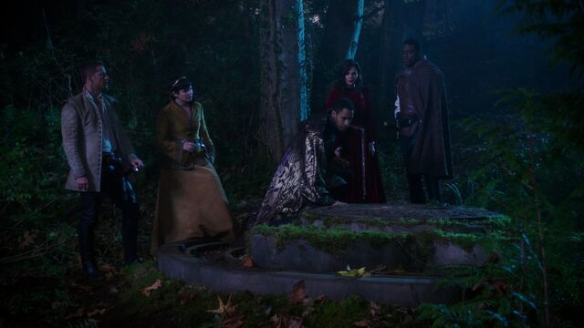File:Once Upon a Time - 5x10 - Broken Heart - New Dark One.jpg