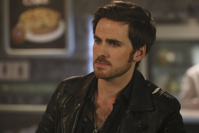 File:Once Upon a Time - 6x09 - Changelings - Photography - Hook 2.jpg