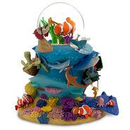 Finding Nemo Snowglobe 3