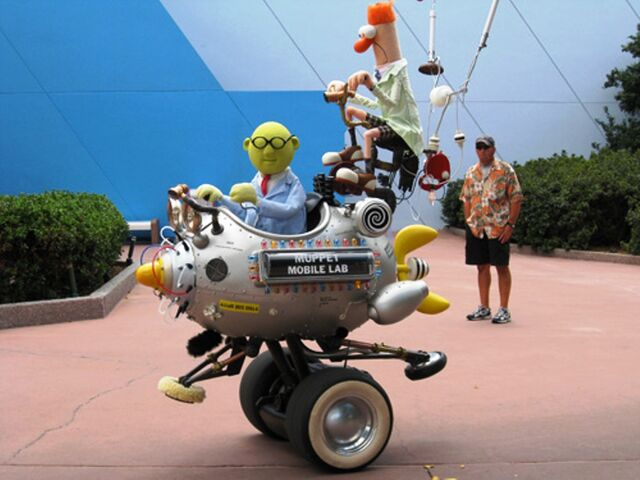 File:Muppet-mobile-lab-418.JPG