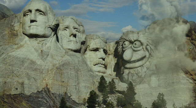 File:Mountrushmore-crazyharry.jpg