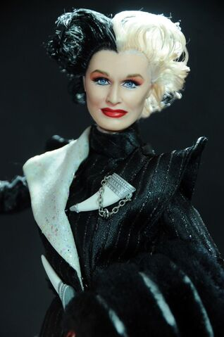File:Cruella De Vil doll 2.jpg