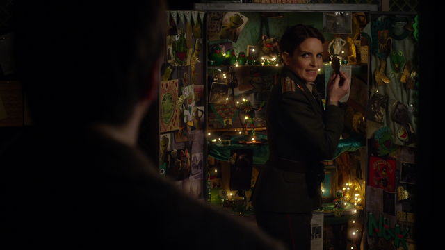 File:Muppets Most Wanted extended cut 1.09.55 riot block D.png
