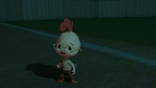 File:Chicken-little-disneyscreencaps.com-6064.jpg