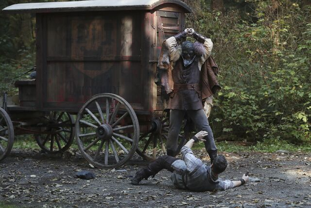 File:Once Upon a Time - 6x07 - Heartless - Photography - David and Woodcutter.jpg