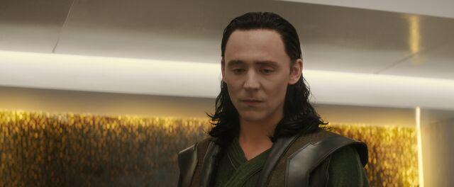 File:Thor-2-The-Dark-World Loki-Cell.jpg