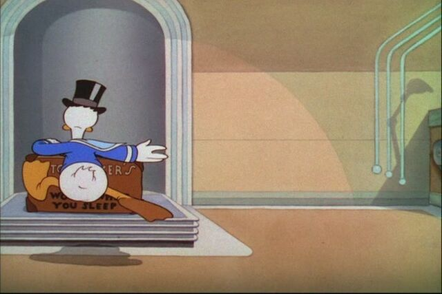 File:Donald Duck Modern Inventions 030.jpg