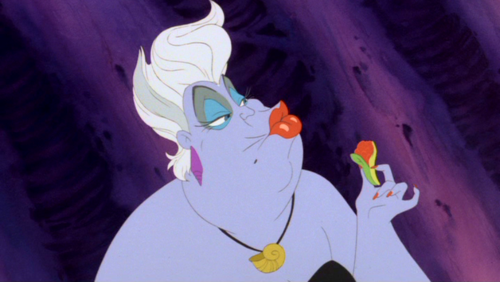 File:Little mermaid ursula s golden shell polymer clay charm necklace.png