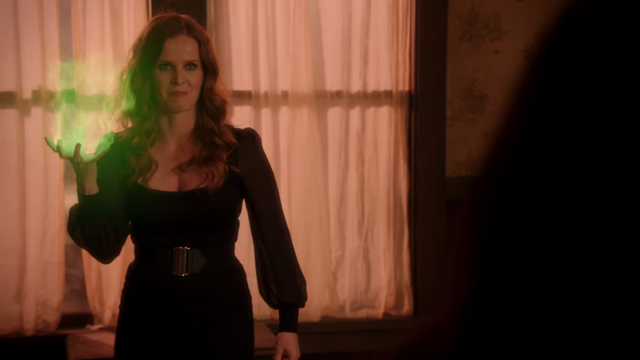 File:Once Upon a Time - 5x19 - Sisters - Green Fireball.png
