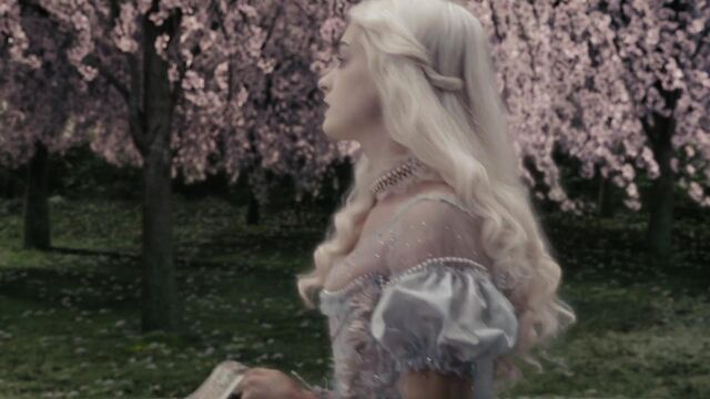 File:Alice-in-wonderland-disneyscreencaps.com-9226.jpg