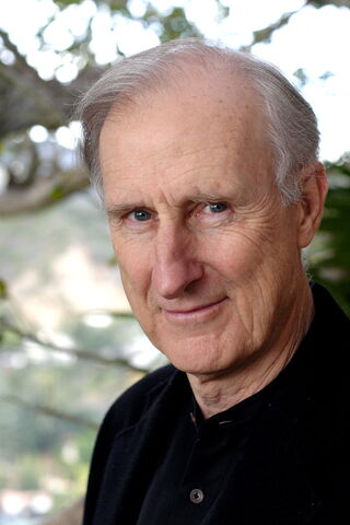 File:James Cromwell.jpg