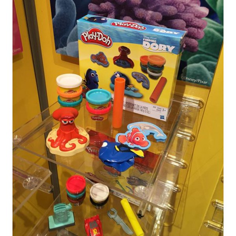 File:Finding Dory Playdoh Playset.png