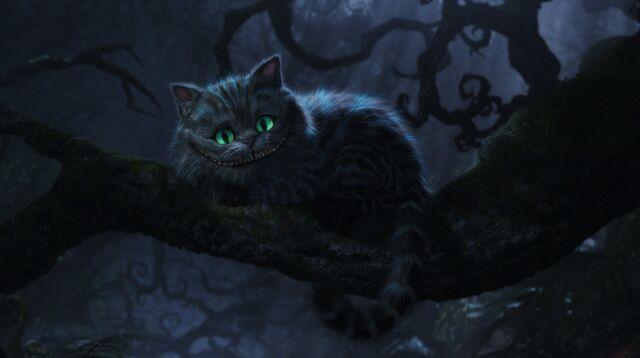 File:Tim Burtons Alice in Wonderland 13.jpg