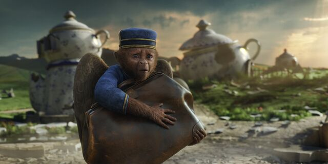 File:Oz the Great and Powerful 10.jpg