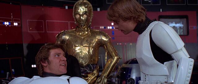 File:Star-wars4-movie-screencaps.com-8324.jpg