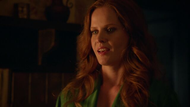 File:Once Upon a Time - 6x02 - A Bitter Draught - Zelena.jpg