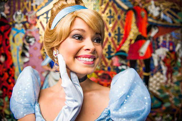 File:Cinderella Disney Parks Blog Princess Photo Series.jpg