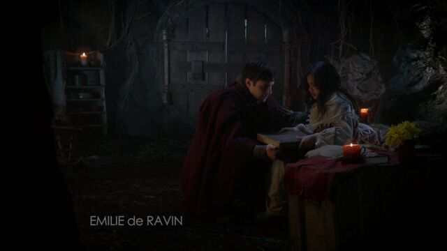 File:Once Upon a Time - 6x21 - The Final Battle Part 1 - Father and Daughter.jpg