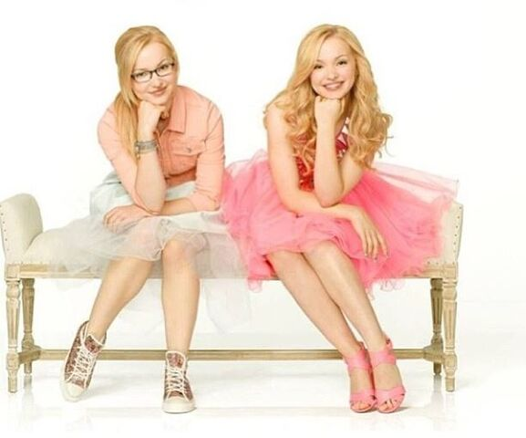 File:Liv and Maddie promotional pic 6.jpg