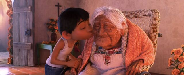 File:Coco Mother's Day.jpg