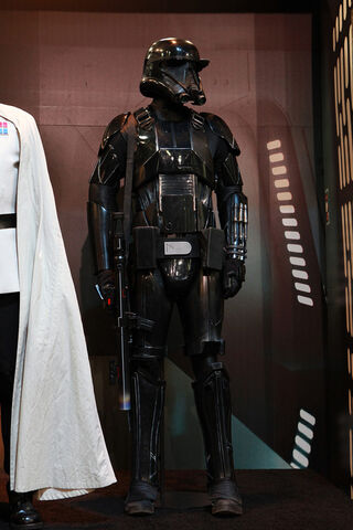 File:Death Trooper R.jpg