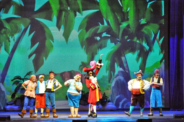 File:Disney-Junior-Live-Pirate-and-Princess-Adventure-Jake and the neverland gang03.JPG