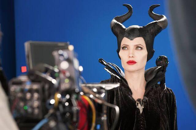 File:Maleficent-(2014)-136.jpg