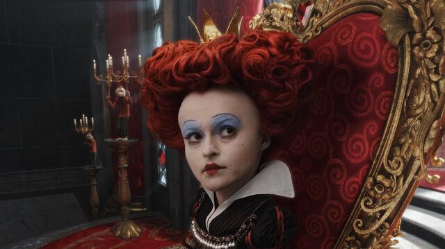 File:Tim Burtons Alice in Wonderland 06.jpg