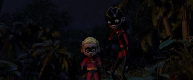 File:Incredibles-disneyscreencaps.com-9655.jpg