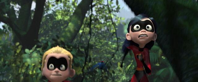File:Incredibles-disneyscreencaps.com-9810.jpg