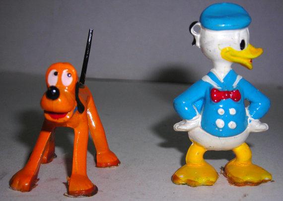File:Donald pluto figurines.jpg