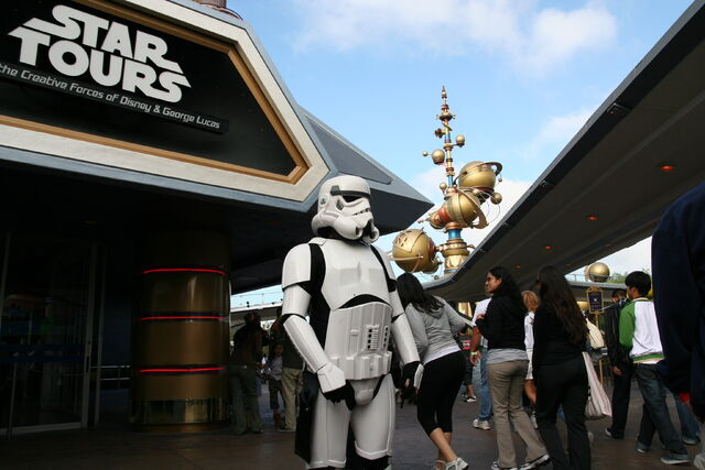 File:Star Tours Stormtrooper.jpg