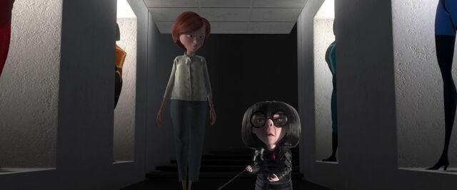 File:Incredibles-disneyscreencaps.com-6429.jpg