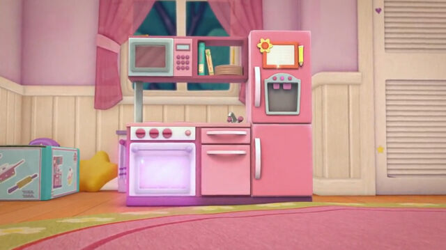 File:Doc's new kitchen set.jpg