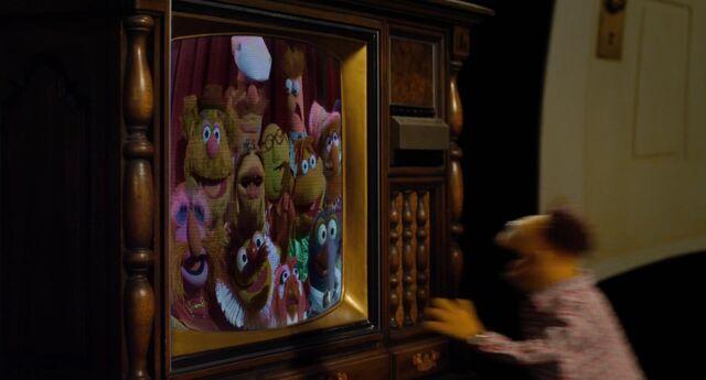 File:Muppets2011Trailer02-06.jpg