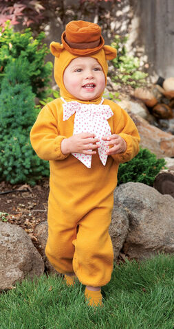 File:Toddlerfozziebearcostume.jpg