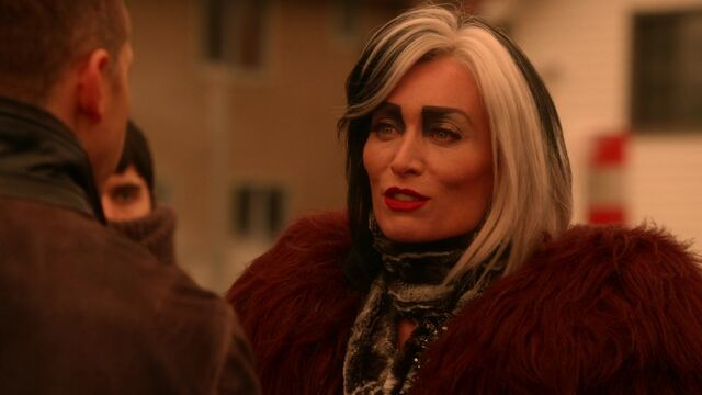 File:Once Upon a Time - 5x18 - Ruby Slippers - Cruella.jpg