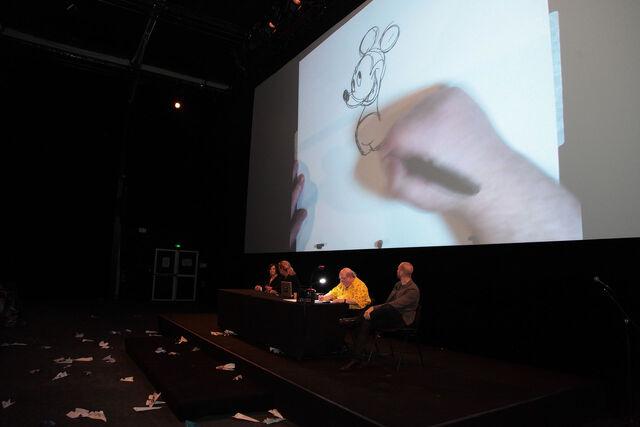 File:2013 festi projection mickey015.jpg