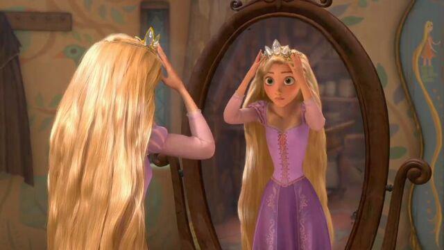 File:The Glow Rapunzel.jpg
