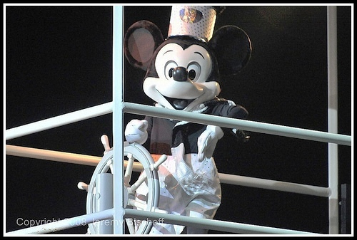 File:Steamboat Mickey from Fantasmic.jpg