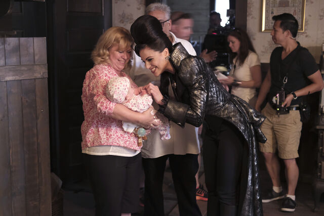 File:Once Upon a Time - 6x02 - A Bitter Draught - Production Images 1.jpg