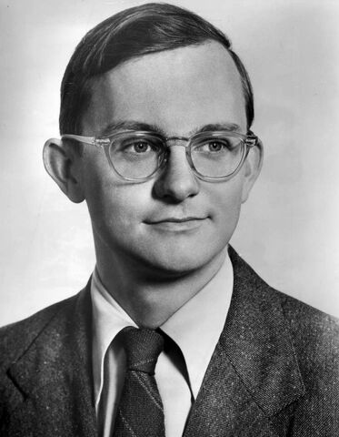 File:Wally Cox 1962.JPG