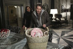 Once Upon a Time - 5x21 - Last Rites - Released Images - Robin, Regina and Baby Hood