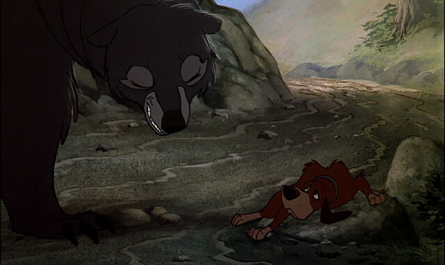 File:Copper at the mercy of the Giant bear.jpg